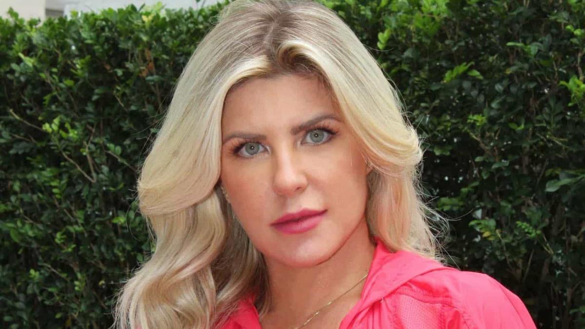 Em No Limite, equipe de Íris Stefanelli se desculpa com Ariadna após discussão