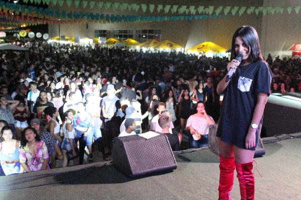 Música e dança são as principais atrações do terceiro dia do Cidade Junina