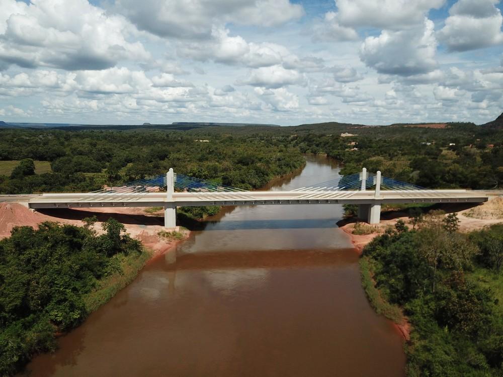 Bolsonaro participa de inauguração de ponte que liga o Piauí ao Maranhão