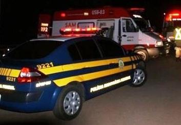 Duas pessoas morrem em acidente envolvendo dois veículos e ambulância na BR-316 em Monsenhor Gil