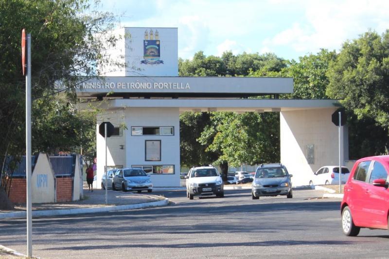 Universidades oferecem mais 2,5 mil vagas em cursos de ensino superior no Piauí