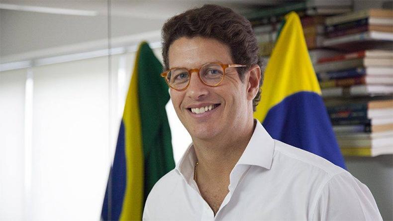 PF aponta 'fortes indícios' contra ministro Ricardo Salles