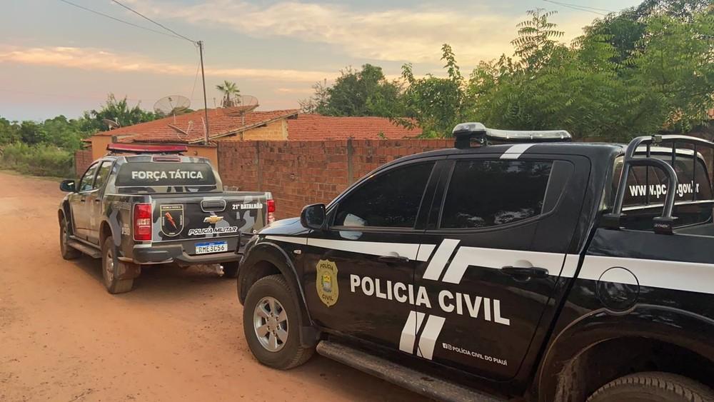Polícia Civil cumpre mandado em residência de suspeito de agredir jornalista