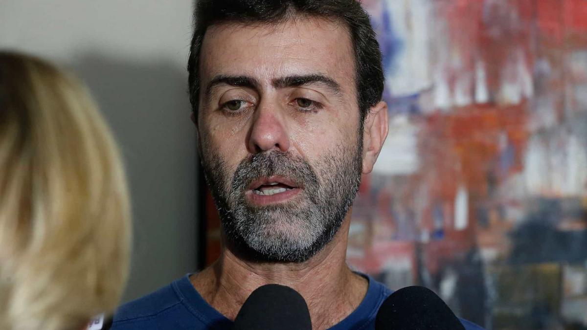 Deputado Marcelo Freixo apresenta ação na Justiça para afastamento de Salles