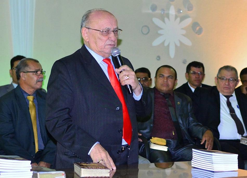 Pastor Nestor Mesquita morre aos 87 anos em Teresina