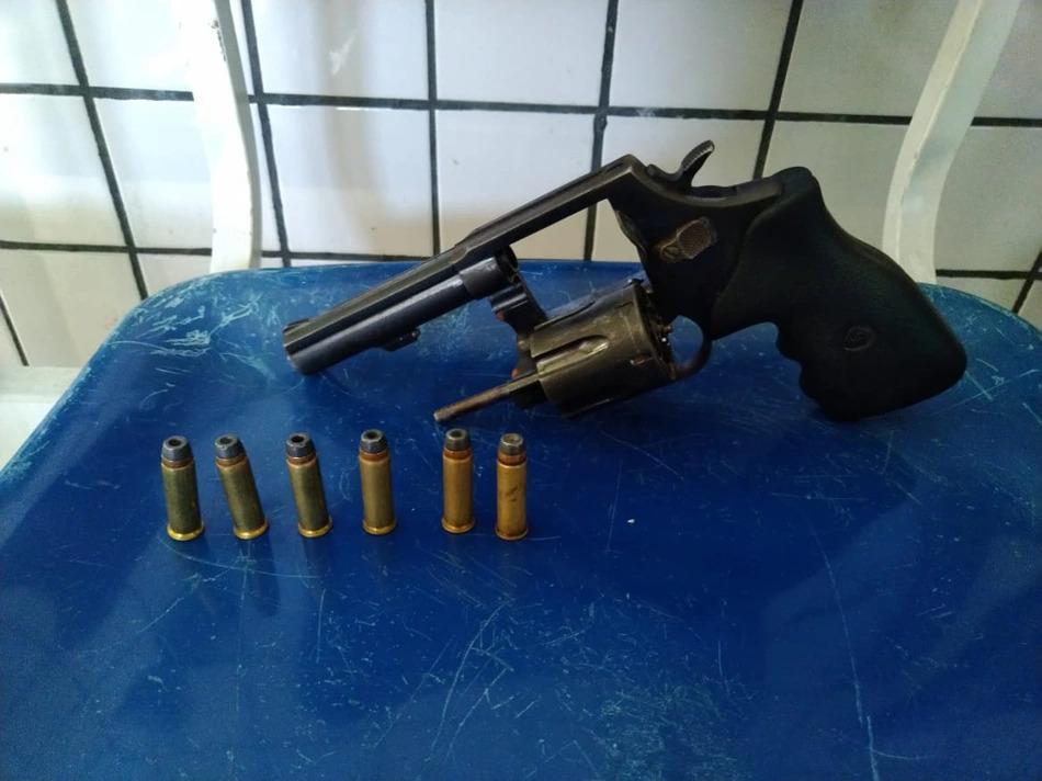 Homem é preso com porte irregular de arma na zona norte de Teresina