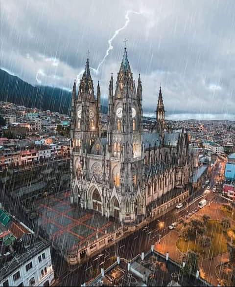 A Força da Notícia: Viajando pelo mundo – Dicas de Viagem - Quito Equador