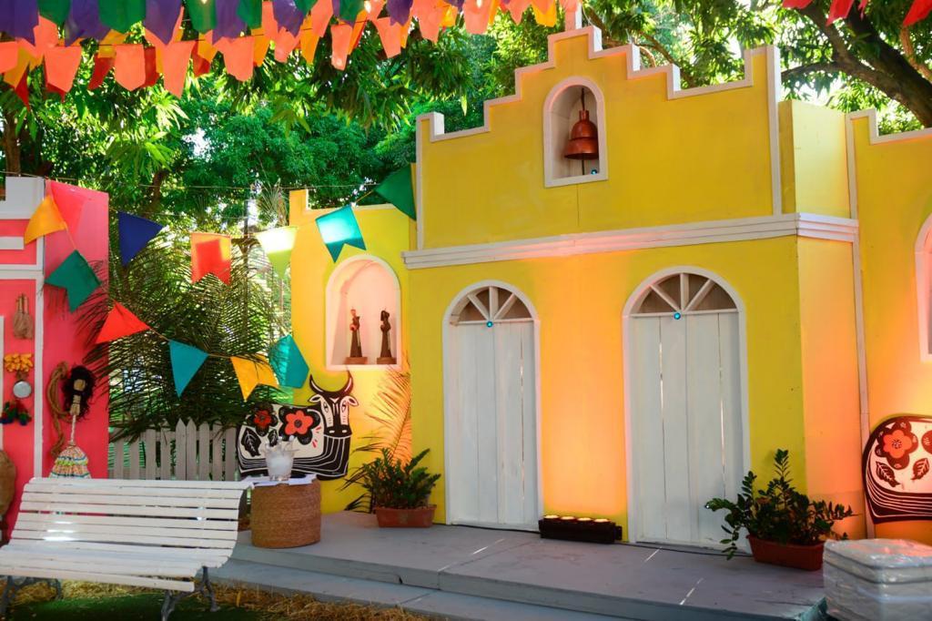 Tintas Sherwin-Williams promove uma imersão de cores no arraiá da Cidade Junina Tá ON!