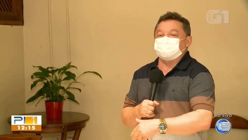 Dr. Gilberto pede desculpas após dizer que mulheres se vacinam cedo para 'fazer o almoço'