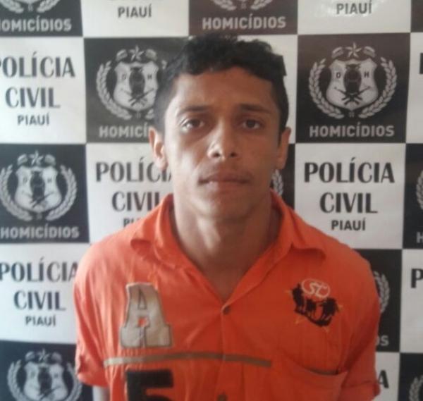 Delegacia de Homicídio prende acusado de matar homem dentro de marcenaria em Teresina
