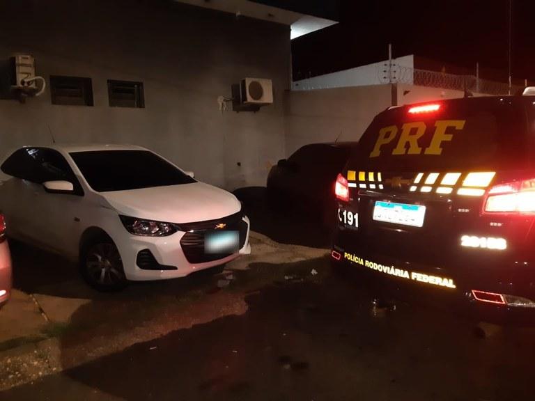 Empresário é preso em Teresina com veículo roubado de Pernambuco