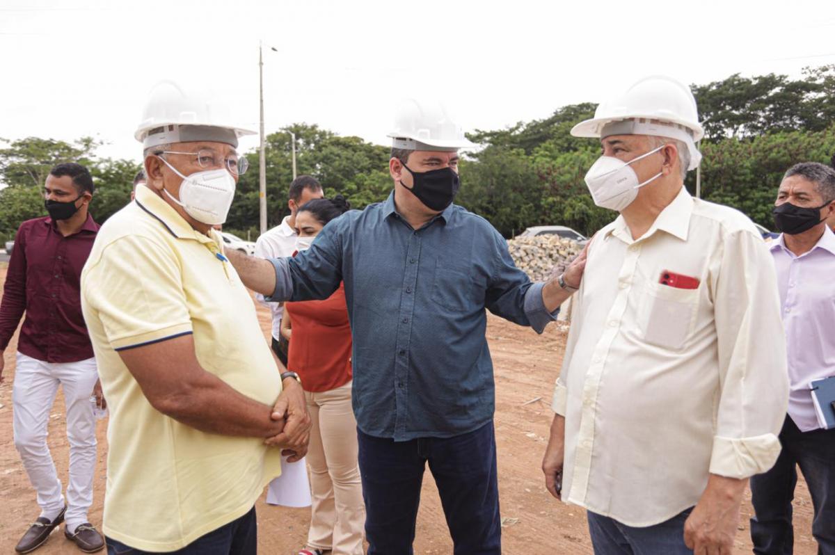 Dr. Pessoa inaugura e vistoria execução de obras na zona Leste de Teresina