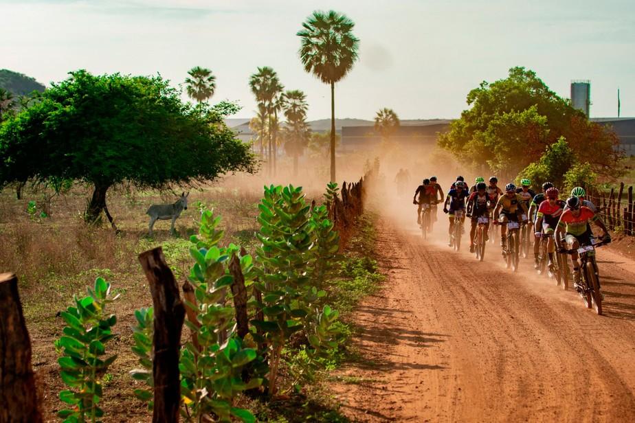 Governo libera retorno de competições de ciclismo e motociclismo