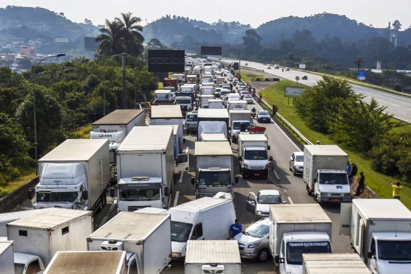 Sindicato dos Transportadores de carga querem revogação da tabela de fretes