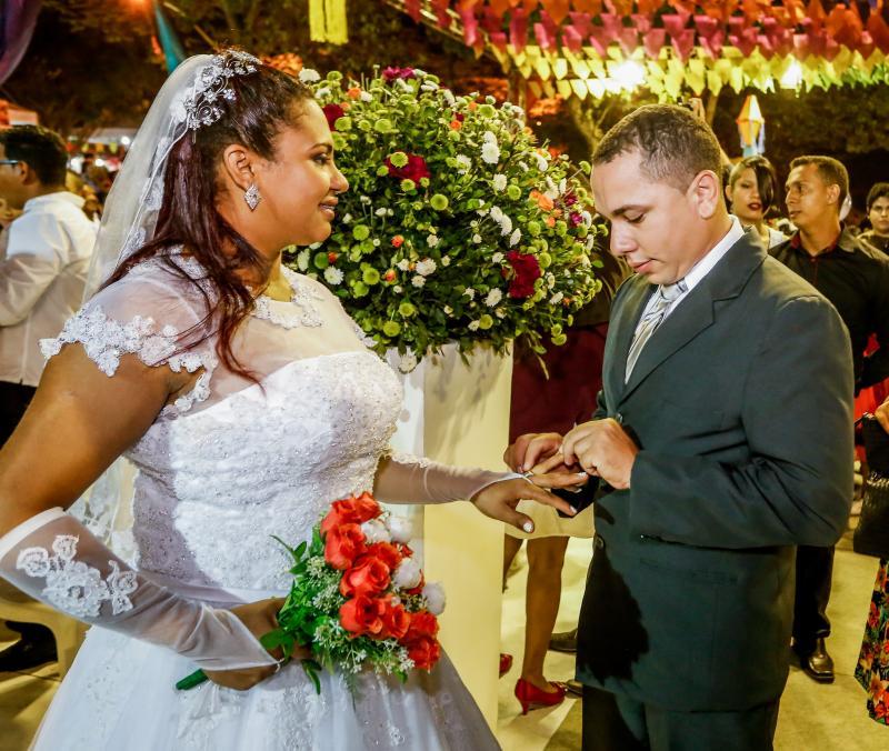 Cidade Junina terá casamento coletivo nesta sexta-feira