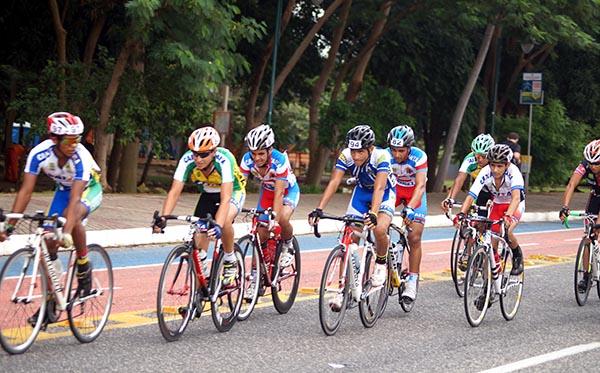 Federação de Ciclismo comemora aniversário de Teresina com competição