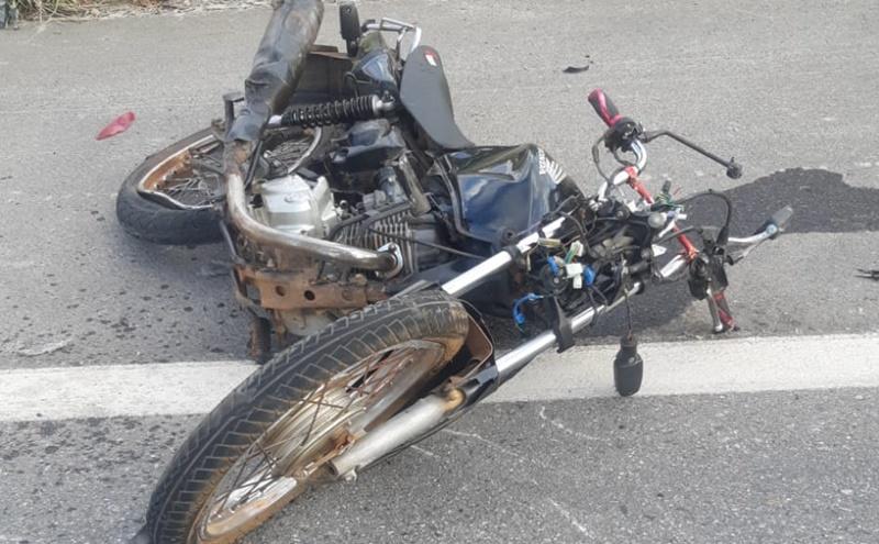 Motociclista morre após colidir com caminhão na cidade de Piripiri