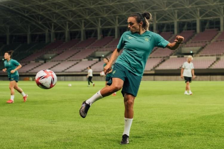Marta comemora quinta Olimpíada com a Seleção brasileira