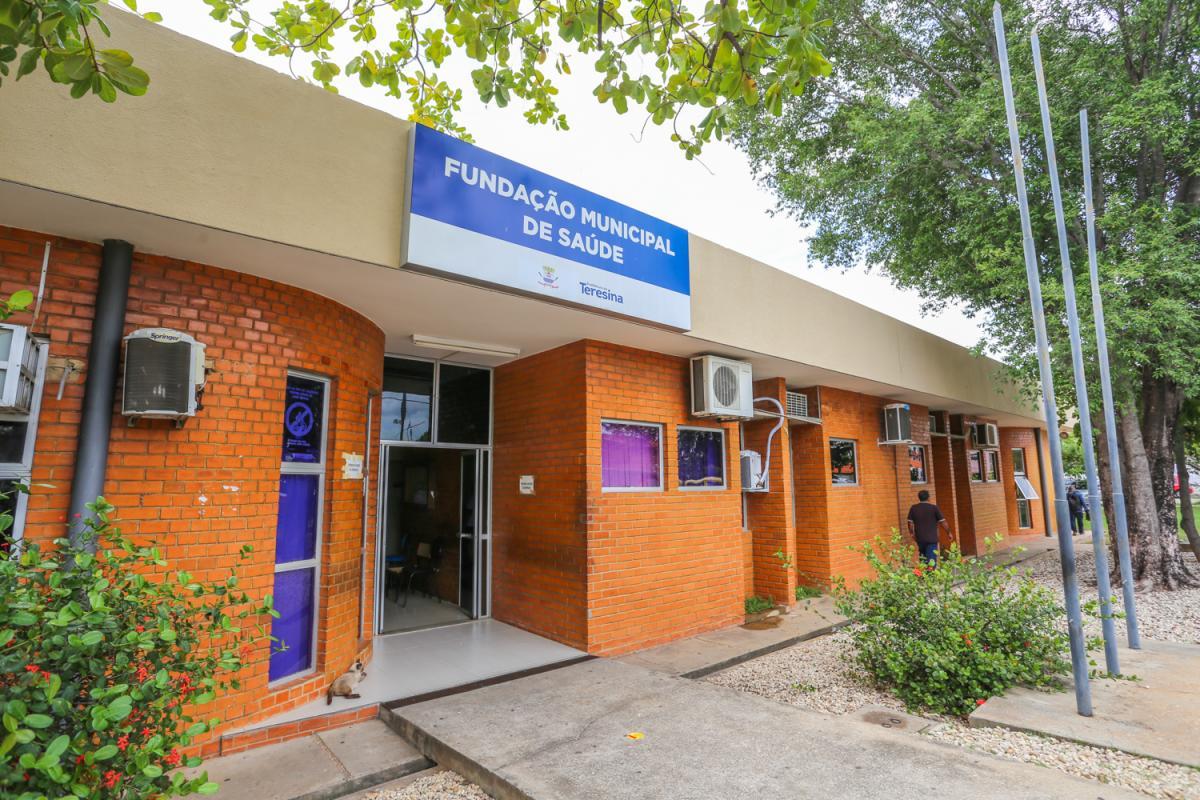Fundação Municipal de Saúde solicita doses extras da vacina contra a covid-19
