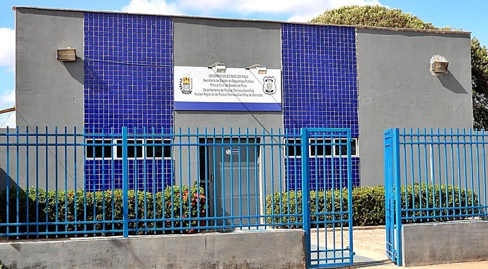 Homem é morto com sete tiros dentro de apartamento no litoral do Piauí