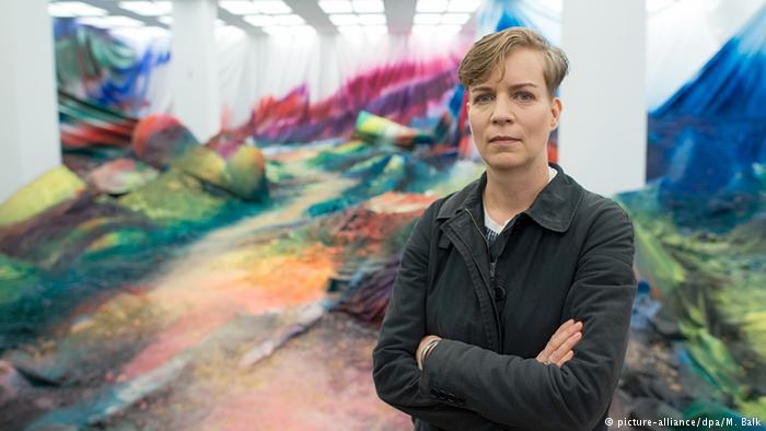 A explosão de cores da arte de Katharina Grosse