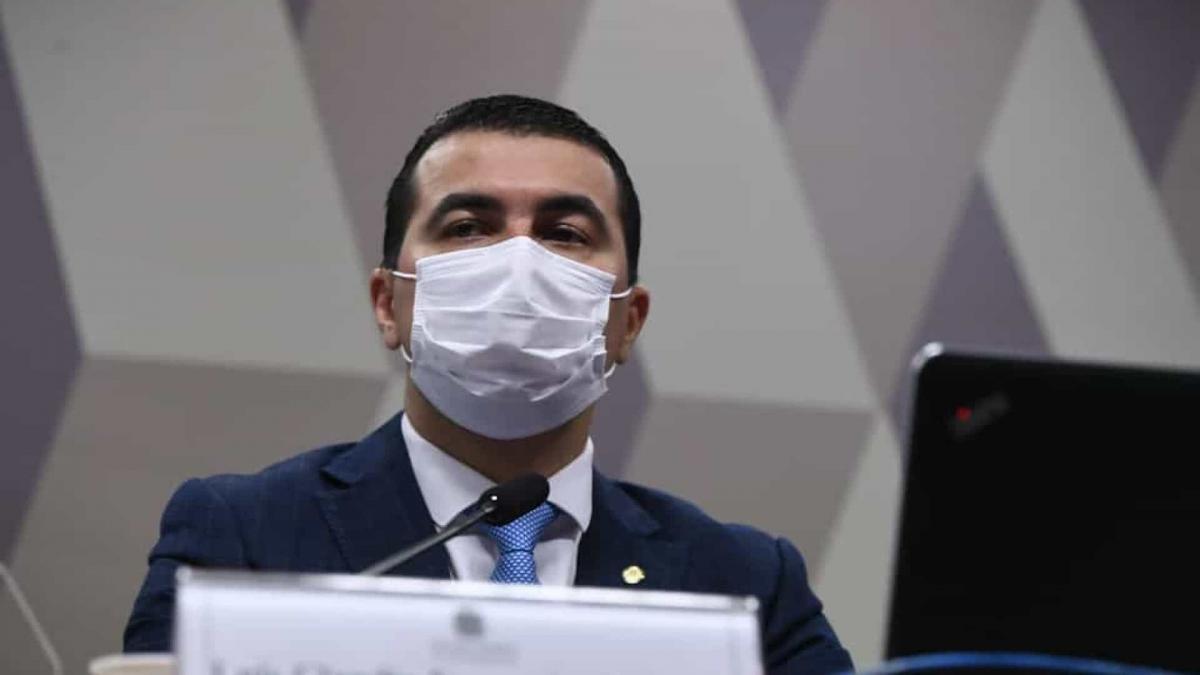 À PF, Miranda diz que avisou Bolsonaro sobre ilegalidades na compra de vacina