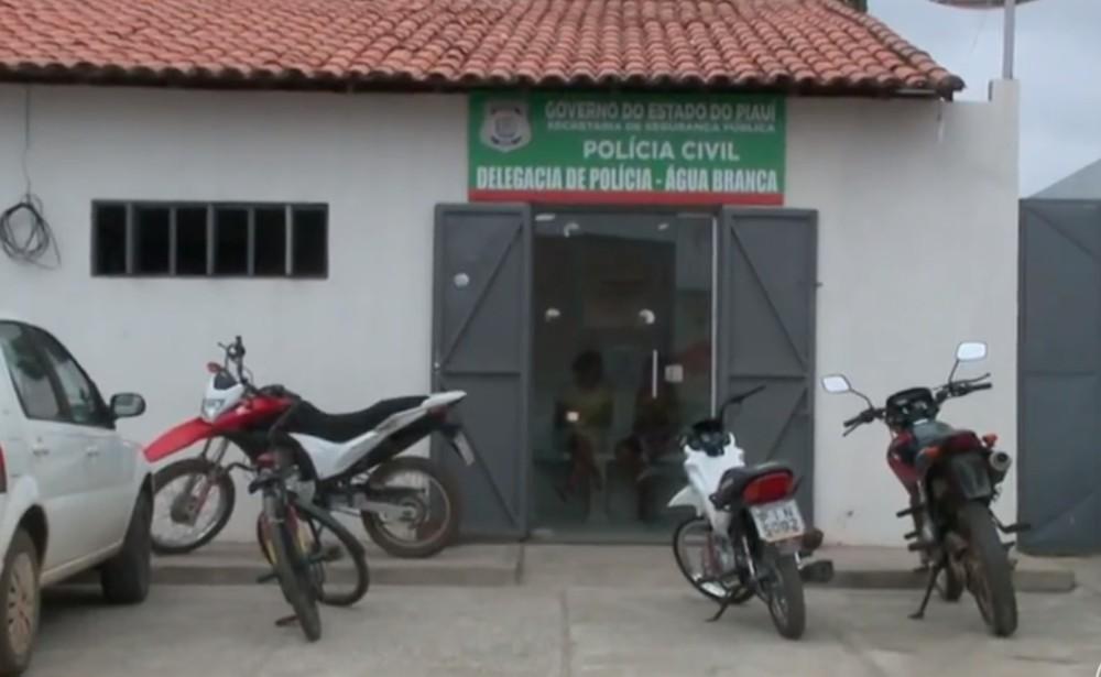 Idoso é preso suspeito de matar cadela do vizinho no Piauí
