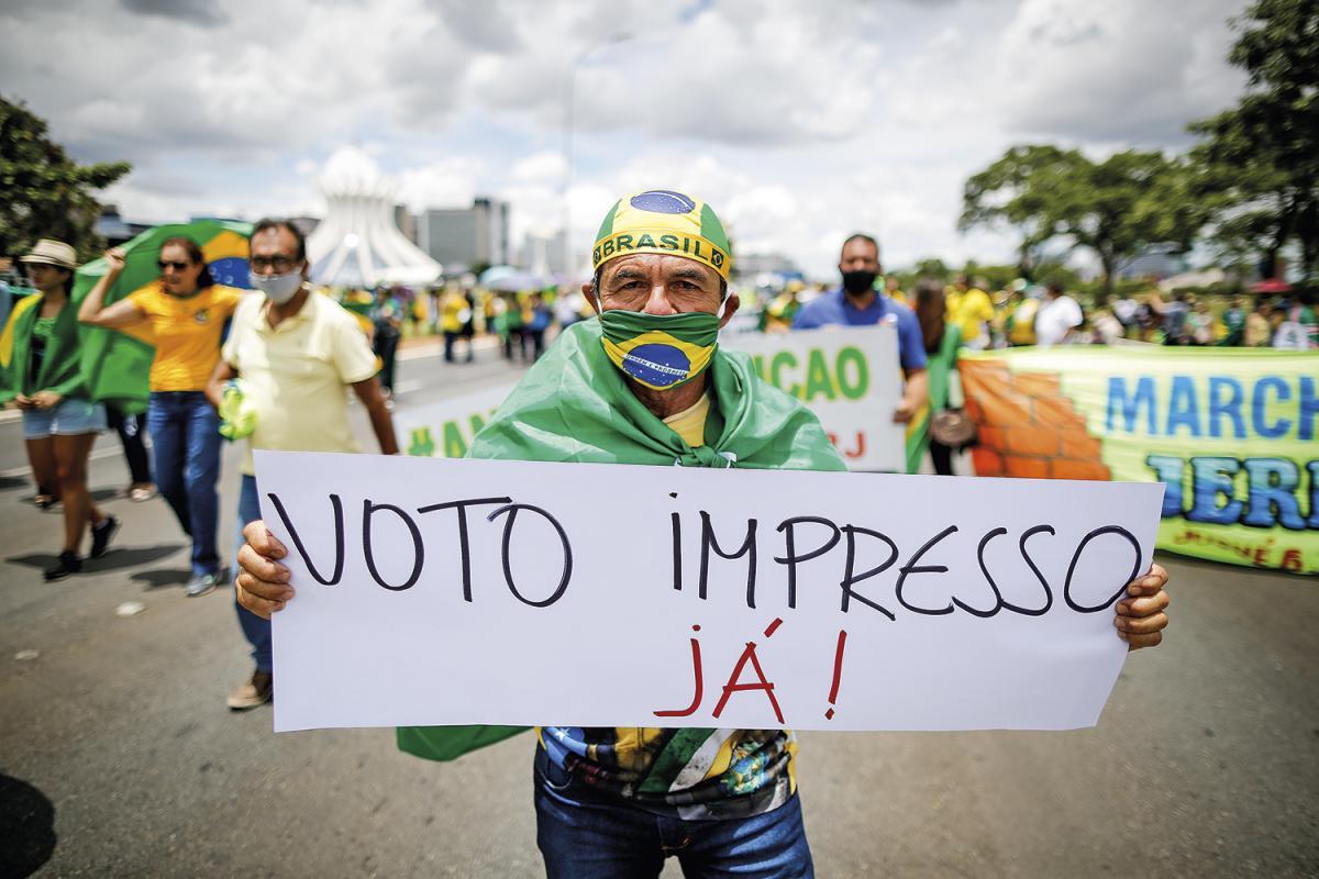 """Bolsonaro convoca ato em SP para """"último recado"""" sobre voto impresso"""