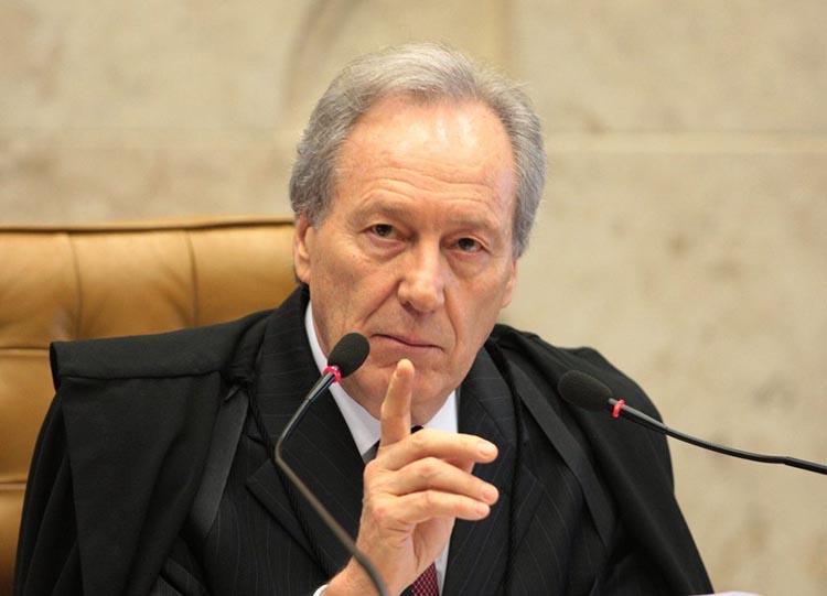 Lewandowski manda Saúde enviar a São Paulo vacinas para aplicação da segunda dose