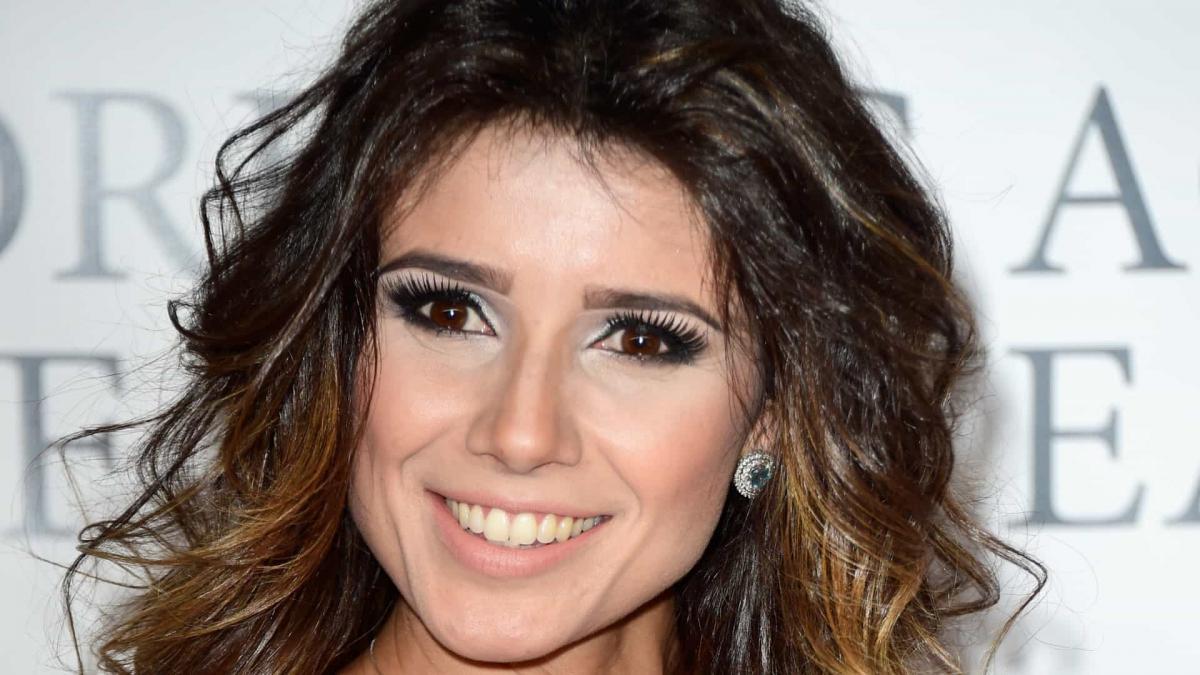 Paula Fernandes resolve continuar ao lado de Sérgio Reis