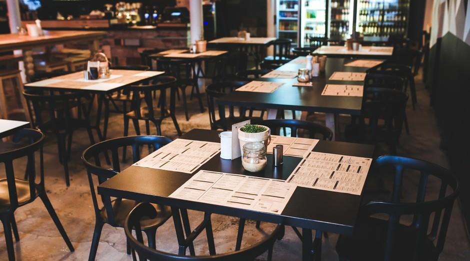 Horário de funcionamento de bares e restaurantes é estendido em novo decreto