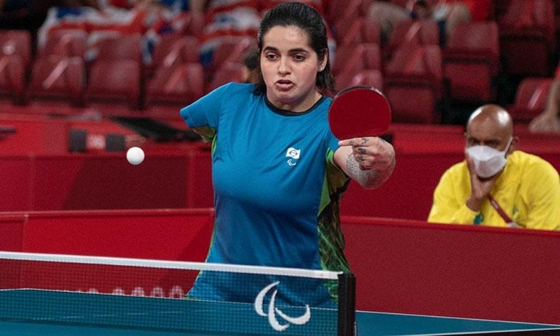 Bruna Alexandre perde final e conquista prata no tênis de mesa