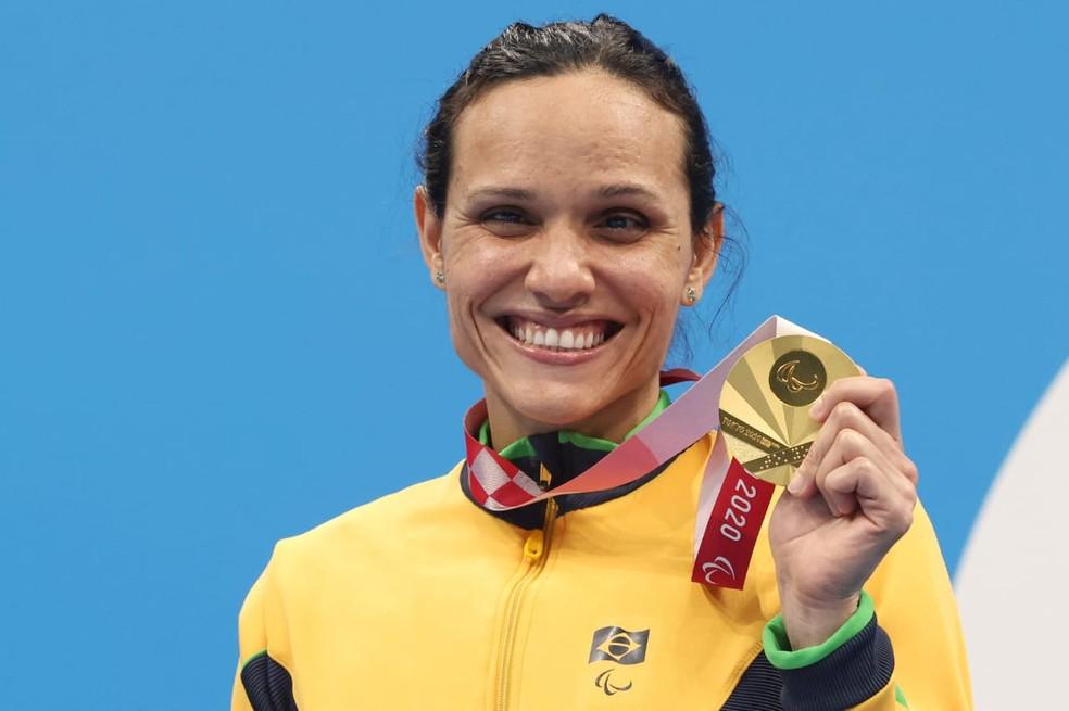 Carol Santiago fatura seu 2º ouro, e Brasil leva mais duas pratas e um bronze nas Paralimpíadas