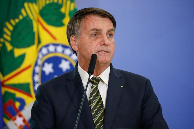 Em áudio, Bolsonaro faz apelo a caminhoneiros para liberar BRs