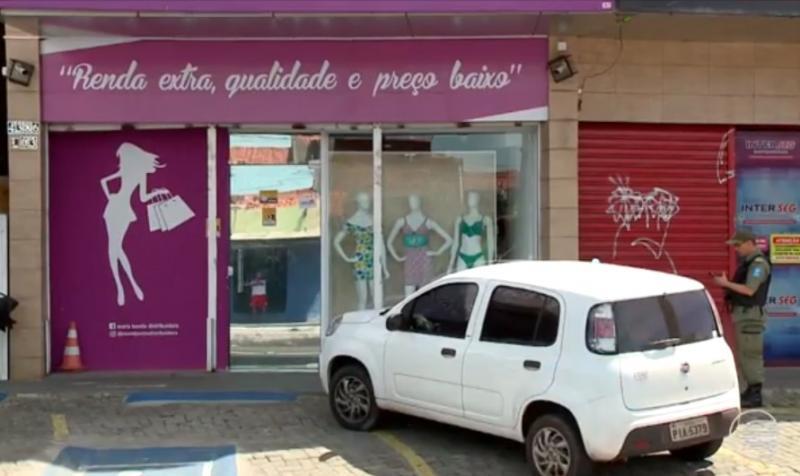 Fiscal de loja é baleado durante assalto no centro de Teresina