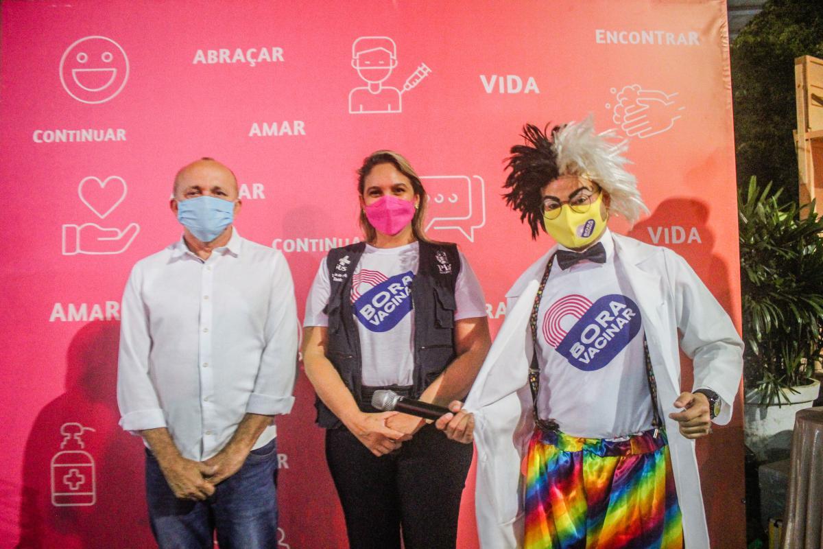 Sesapi realiza terceira blitz educativa 'Bora Vacinar' na Ponte Estaiada