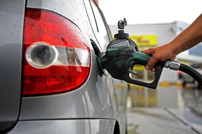 Vendas de gasolina apontam queda de até 35% no Piauí