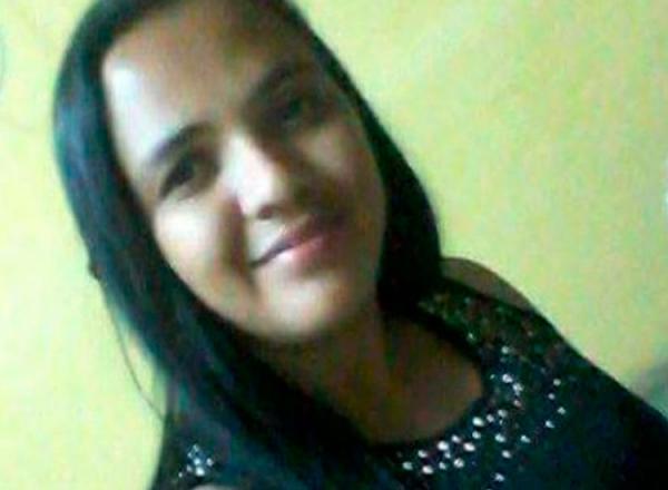 Suplente de vereador é morta a facadas pelo marido no Piauí