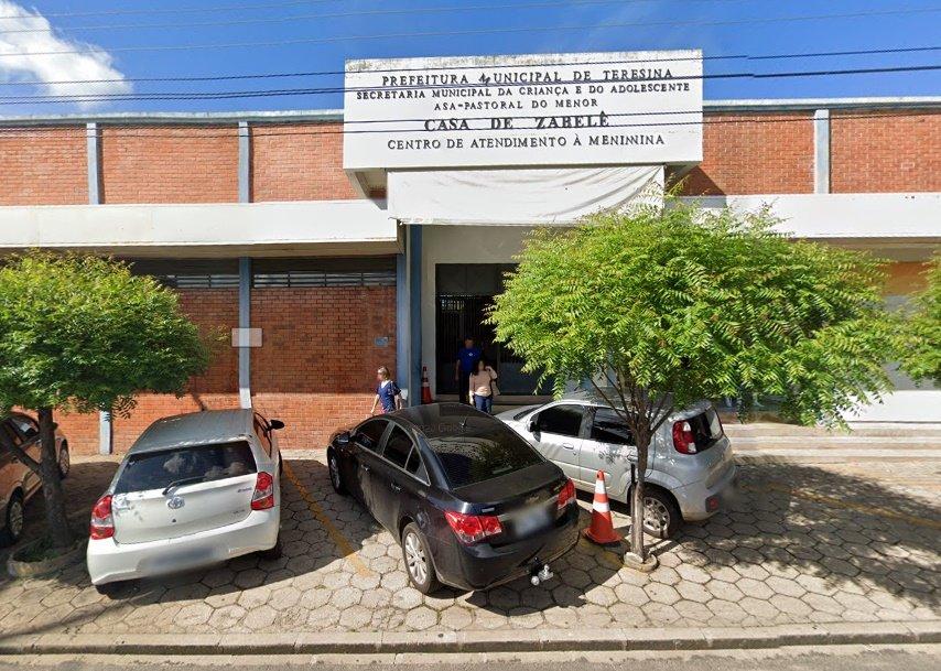 Bandidos assaltam Casa de Zabelê e causam prejuízo de R$ 15 mil