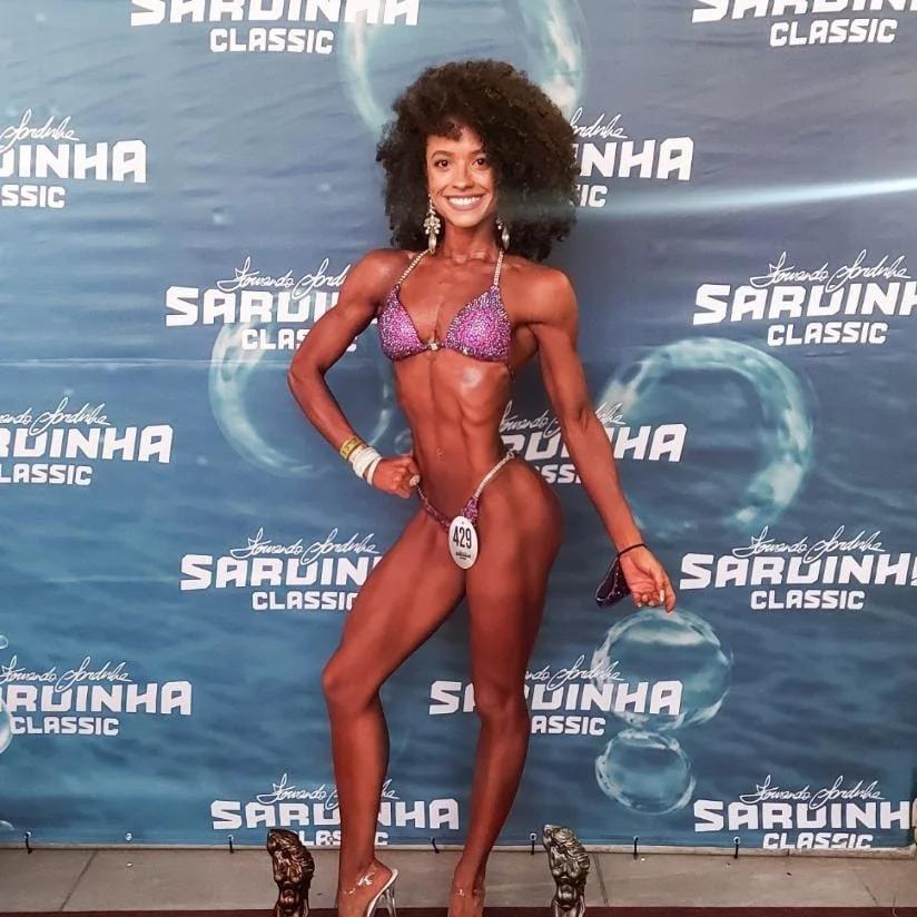 Fisiculturista piauiense, Brenda Farias, vence campeonato nacional em Santa Catarina