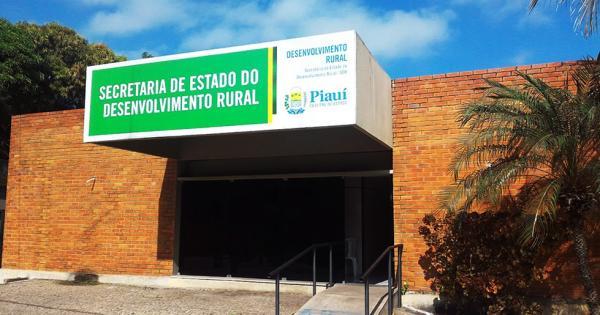 Agricultores acampam na SDR e cobram promessas feitas pelo Governo do Piauí