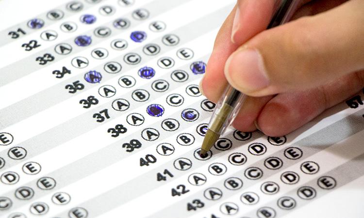 Prefeitura realiza teste seletivo com mais de 300 vagas