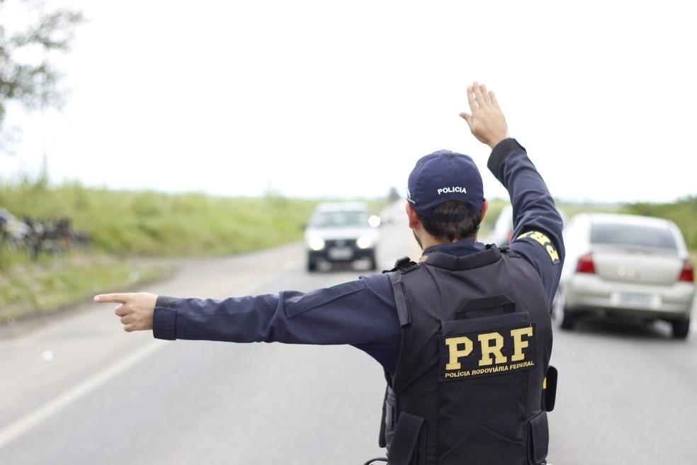 Motorista morre após caminhão capotar na BR 316 no Piauí