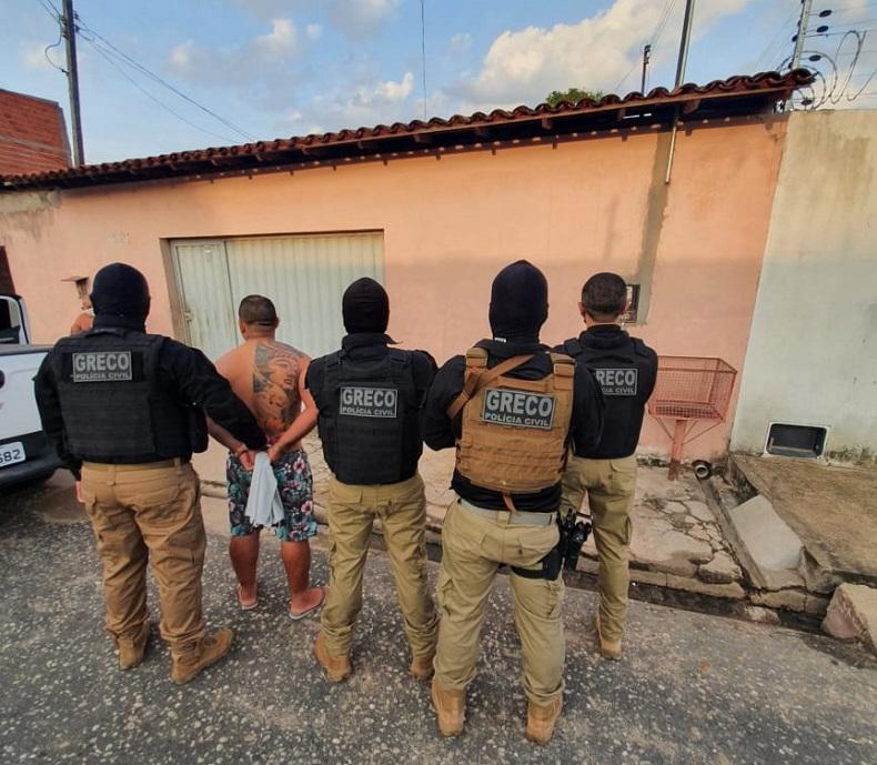 Polícia prende 15 suspeitos de roubos, tráfico e homicídios em operação em Teresina