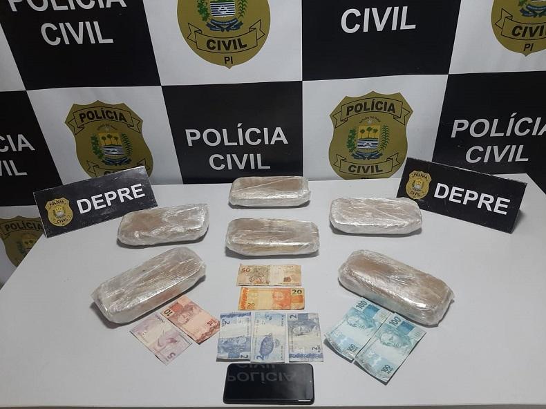 Mulher é presa com seis tablets de crack na rodoviária de Teresina