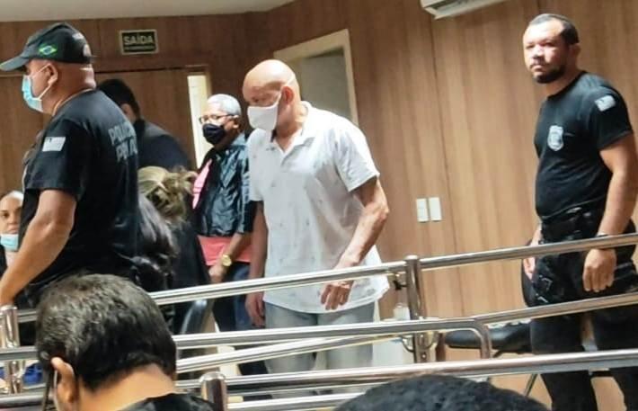 Homem é condenado a 17 anos de prisão por matar esposa a tiros em Campo Maior