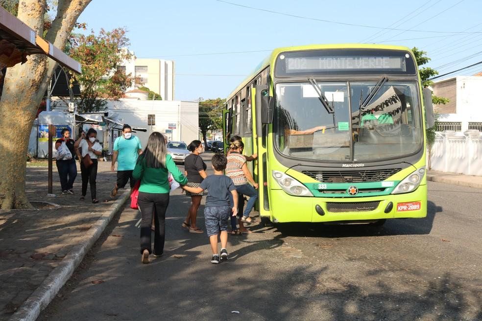 Por conta do feriado, frota de ônibus de Teresina é reduzida nesta segunda-feira