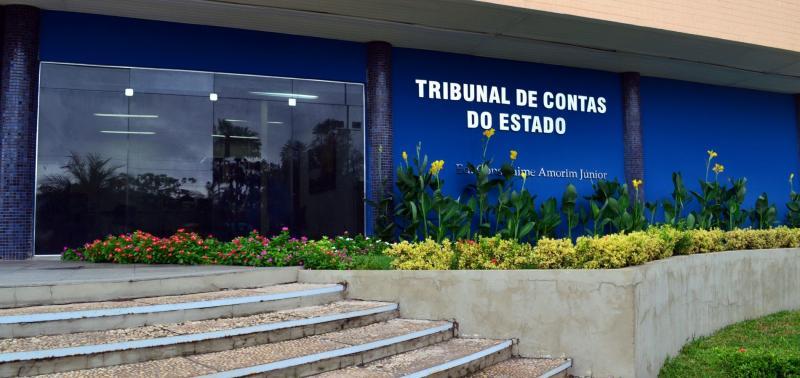 TCE-PI divulga lista de gestores com contas públicas irregulares