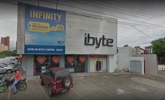 Bandidos levam R$200 mil de loja de informática na zona Leste de Teresina