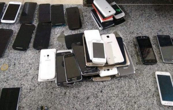 Delegacia vai restituir 50 celulares roubados nos últimos meses em Teresina